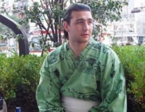 Калоян Махлянов записа седма победа на сумо турнира в Осака