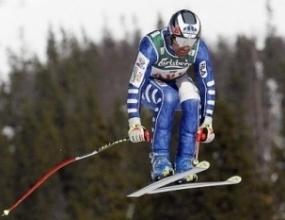 Кристиан Гедина зарязва ските, захваща се с автомобилизъм