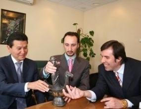 """Веселин Топалов е носител на шахматния """"Оскар"""" за 2005 година"""