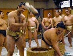 Котоошу поздрави участниците в държавното по сумо