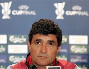 Треньорът на Севиля отказал на Тотнъм