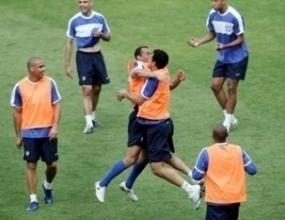 Фаворитът Бразилия срещу изненадата Австралия
