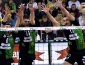 Ивайло Стефанов спира с волейбола
