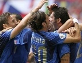 Италия първа в групата, Чехия – аут от Мондиала