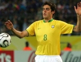 Кака поднови договора си с Милан до 2011 година