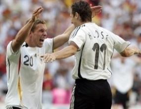 Германия премина през Швеция на път за четвъртфиналите