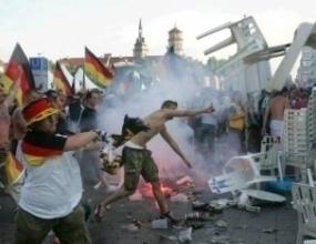 Над 500 английски фенове арестувани в Щутгарт