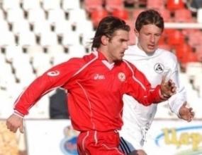 Велизар Димитров и Ивайло Петров не тренираха заради грип