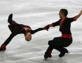 Спортната двойка на Германия води след кратката програма на ЕП във Варјава