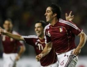 Сичеро титуляр за Венецуела срещу Уругвай