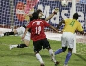 Бразилия е на 45 минути от полуфиналите на Копа Америка