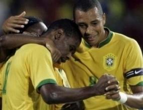 Бразилия разгроми Чили с 6:1 и ще играе на полуфинал с Уругвай