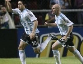 Аржентина е последният полуфиналист след 4:0 над Перу
