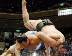 Котоошу постигна втора победа на турнира в Нагоя