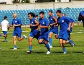 Трима футболисти заминаха на преглед в София