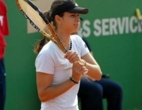 Пиронкова отпадна на полуфиналите в Стокхолм