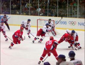 Женският ни хокеен отбор стартира международните си участия с унищожителна загуба