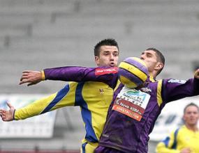 Отборът на Макриев губи от шампиона