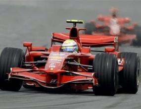 Ферари ревизират двигателите за частните отбори