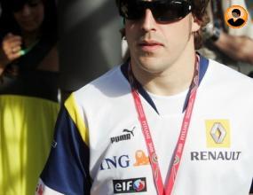Алонсо във Ферари догодина?