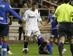 Мареска поиска извинение за агресията си срещу Агуеро