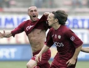 Зрелище и 4 гола на Каляри - Реджина