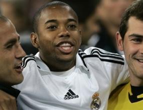 Робиньо: Няма да напускам Реал
