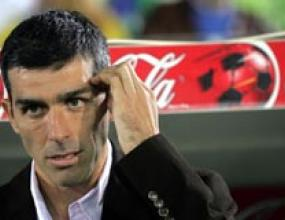 Сантандер е на път да се сдобие с треньор и нов играч