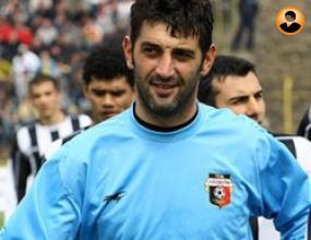 Ставрев стана играещ треньор на вратарите