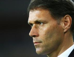 Ван Бастен: Сам останах изненадан след онзи гол пред 20 г.