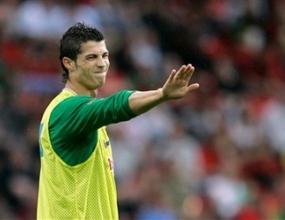 Гонят Лапорта с обещания за Роналдо