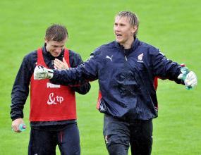 Блашчиковски и Жевлаков тренират с тима