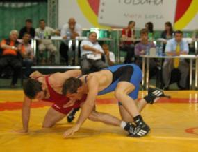 Александър Костадинов взе сребро от европейското по борба за юноши