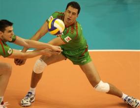 Волейболистите почнаха тренировки с новата олимпийска топка