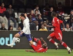 Младок носи победа на Юнайтед в ЮАР