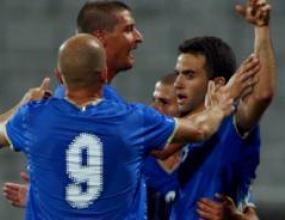 Само Джузепе Роси блести за Италия срещу Румъния