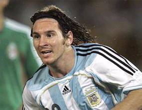 ФИФА заповяда на Барса: Освободете Меси