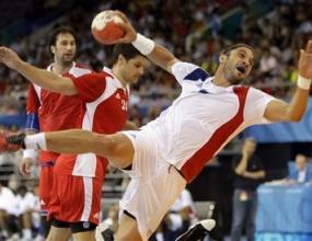 Франция победи олимпийския шампион Хърватия с 23:19