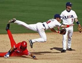 Новото правило реши бейзболния трилър САЩ - Куба