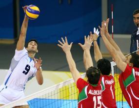 Италия ни прегази в мач №4