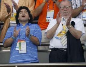 Марадона давал съвети на Серхио Агуеро