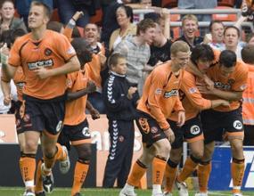 Селтик се издъни срещу Дънди Юнайтед