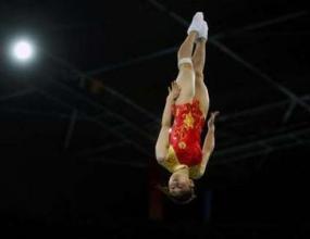 Хъ Въна стана олимпийска шампионка по скокове на батут