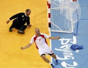 Олимпийският шампион Хърватия надигра Дания с 26:24