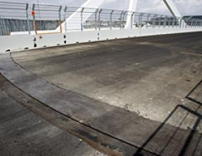 ФИА ще разследва моста във Валенсия по молба на Бриджстоун