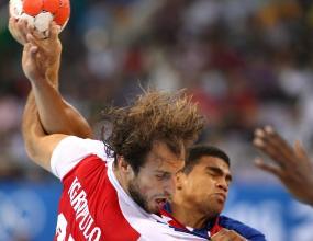 Русия надигра европейския шампион Дания с 28:27