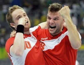 Исландия на финал след победа над Испания с 36:30
