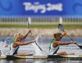 Злато за Унгария на 500 метра двуместен каяк (жени)
