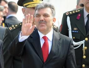 Турският президент в дилема дали да гледа Турция - Армения