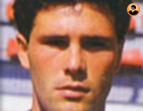 Правилото Босман позлати футболистите - той е забравен от всички